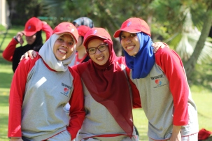 tiga dara cantik dari Badan Bahasa